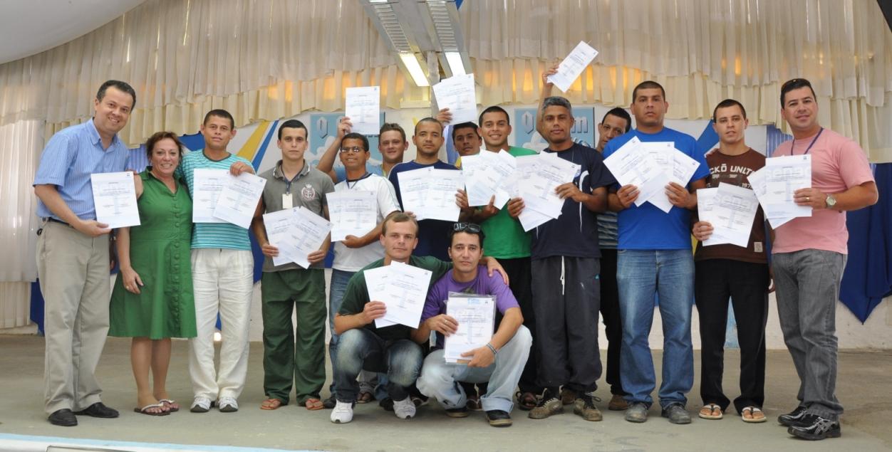 Senac certifica alunos e garante novos cursos para 2012